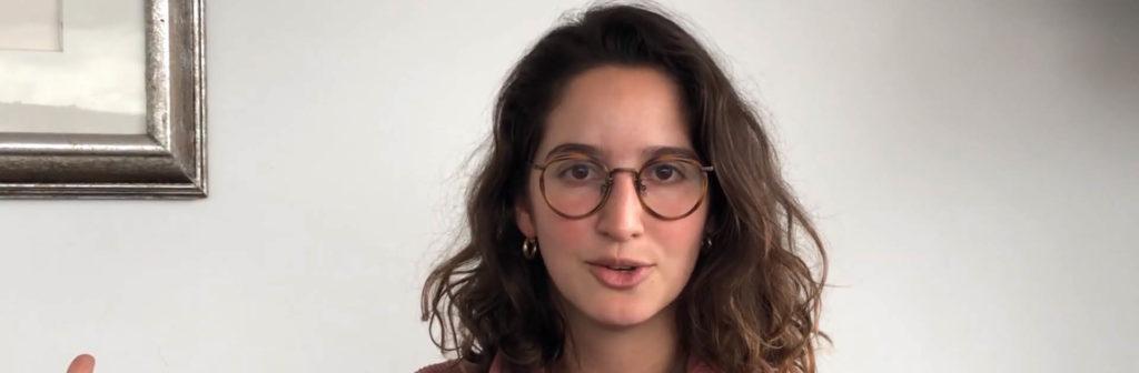 Las mujeres analizan los datos que hablan de mujeres